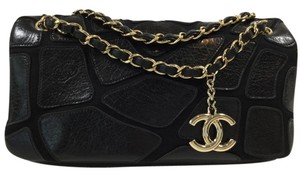 Chanel Leather Detail Shoulder Bag