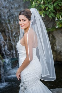 Zveil Finger Tip Veil With Satin Ribbon Edge