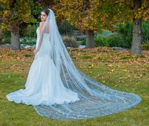 Zveil Long Cathedral Floral Veil With 3d Flowers
