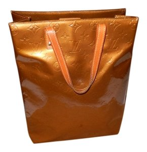 Louis Vuitton Vernis Handbag Made In France Tote in Gold