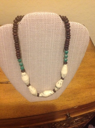 Ember Ember Elgon Necklace with green beads