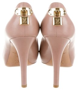 Louis Vuitton Brown Leather Oh Really Beige Pumps