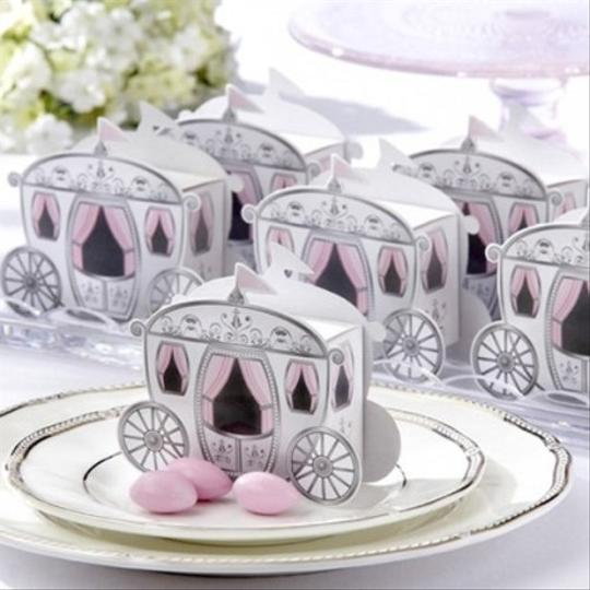 24 Fairy Tale Carriage Favor Boxes