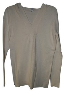 Liz Lange Maternity for Target Ivory hooded v-neck maternity pullover sweater