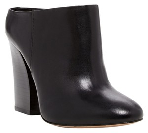 Pour La Victoire Leather Almond Toe Bootie Ankle Black Mules