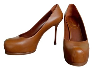 Saint Laurent Yves Tribtoo Heels Size 38 Brown Pumps