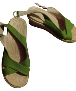 Crocs Tan/ Green Wedges