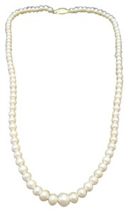 Other 14kt Yellow Gold Graduated Pearl Necklace 16