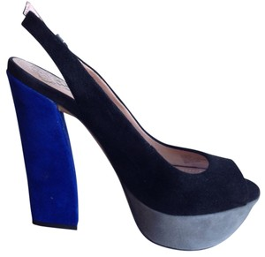 Vince Camuto Black/Gray/Blue Pumps