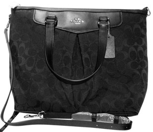 Coach New With Tags Tote in Black/Gray
