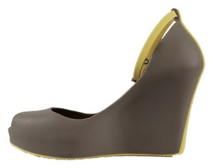 Melissa Heels Rubber Synthetic Peep Toe Patchuli Gray and Pastel Yellow Wedges