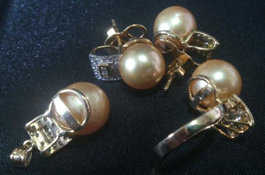 South Sea Pearls Imported South Sea Gold Pearl Jewelry Set