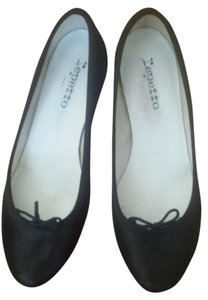 Repetto Kitten Heel Ballerina Metallic Black Pumps