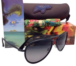 Maui Jim MAUI JIM Sunglasses HONOMANU MJ 260-02D Black Frame w/ Polarized Grey Gradient Lenses