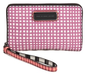 Marc by Marc Jacobs Sophisticate Phone Case Wristlet Wallet