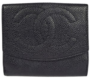 Chanel (GREAT CONDITION) Auth CHANEL CC Logos Bifold Wallet Purse Caviar Skin Leather BK Vintage