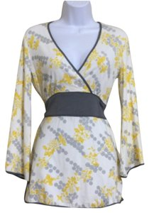 New York & Company Top Yellow, Gray & White