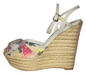 Penny Loves Kenny Floral print Wedges