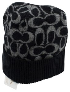 Coach Coach Signature Logo Knit Hat Black/Grey One Size