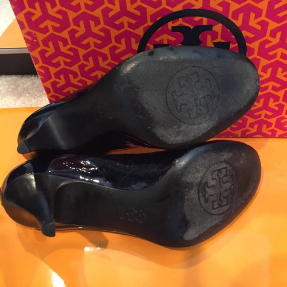 ec9d3f7e04f Tory Burch Navy Caroline Mid Heel Pumps Size US 8.5 Regular (M