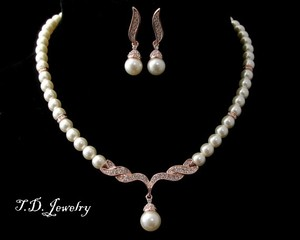 Cream Rose Gold Ivory Pearl Necklace and Earrings Jewelry Set
