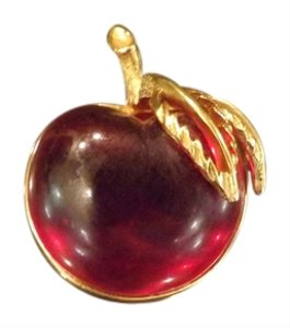 Sarah Coventry Sarah Cov Cherry Brooch