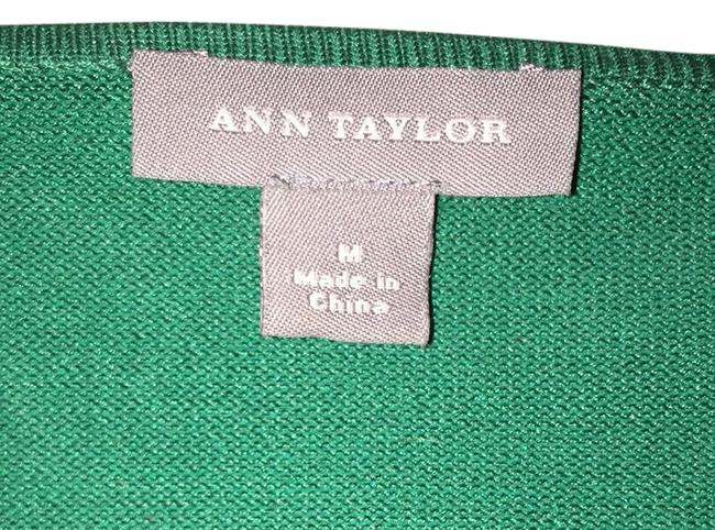 Preload https://item1.tradesy.com/images/ann-taylor-green-blouse-size-10-m-12640-0-1.jpg?width=400&height=650