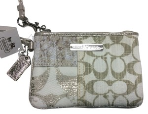 Coach Poppy Patchwork Wristlet in Khaki Multi