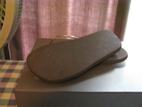 Taunt Brown Flats
