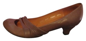 Coclico Brown Pumps
