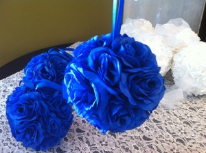 Royal Blue/white Large Kissing Balls