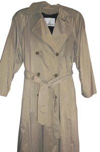 London Fog Never Worn Runs Large Trench Coat