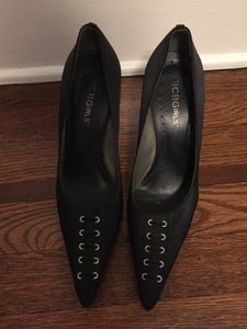 BCBGeneration pointy toe black satin stiletto heel. Size 5.5. like new condition. silver heel. Metallic Metallic Hardware Formal Evening Black Pumps