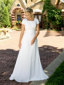 EnVogue Bridal 3910 Modest Bridal Gown Wedding Dress