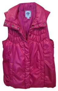 Izod Quilted Dark Pink Snap Pocket Medium Vest