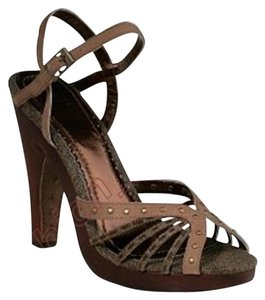 House of Deréon Brown Platforms