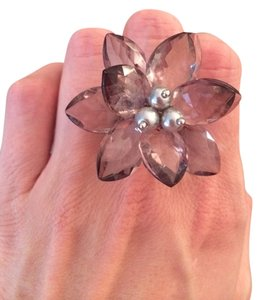 Ann Taylor LOFT Flower Ring
