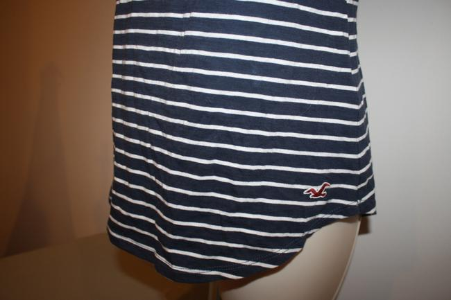 Hollister Top Blue & White