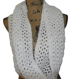 Other new infinity Handmade Crocheted Scarf WHITE 100% ACRILIC 42X 9 INCHES