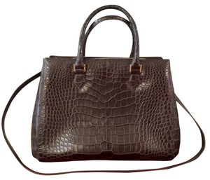 LAI Tote in Brown