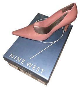 Nine West Dark Pink Pumps