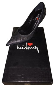 Luichiny Silver And Black Pumps
