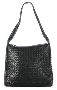 Bottega Veneta Bv.j0622.09 Black Woven Shoulder Bag