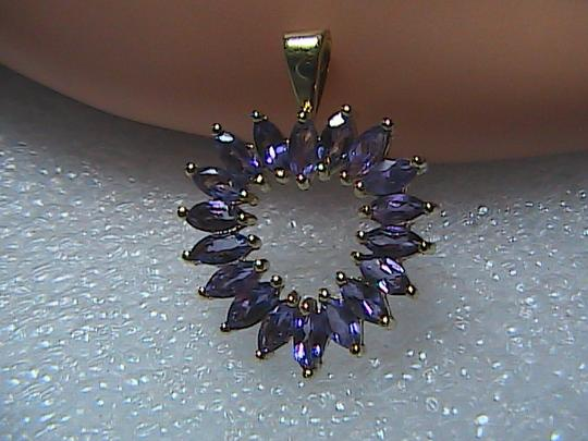 Vintage Stunning 10kP Solid Yellow Gold 4.5 cts Marquise Cut Amethyst Heart Pendant
