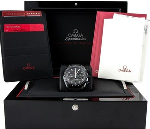 Omega Omega BRAND-NEW Dark Side Of The Moon Speedmaster Co-Axial Chronograph Black Dial Black Fabric Men's Watch