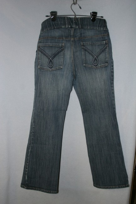 Motherhood Maternity NWOT MATERNITY JEANS Under Belly Small with design on back pockets