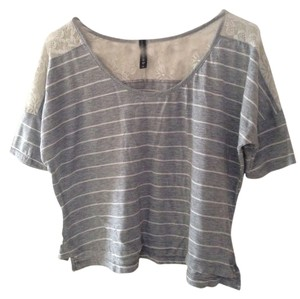 Full Tilt T Shirt Gray and White Striped