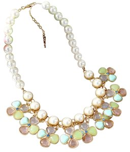 New Faux Pearl Bib Necklace Green White Gold J2183