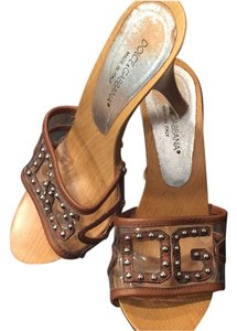 D&G wooden mules brown Mules