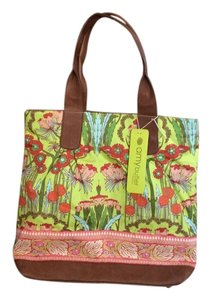 Amy Butler Pale Flowered Addtional Pockets Tote in green, brown, pink, yellow